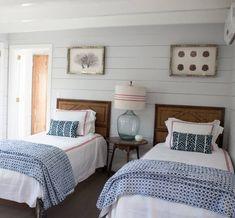 Beach house bedroom ideas guest rooms (SugarsBeach.com) Beach inspired coastal decor for the beach lover in you #SugarsBeach