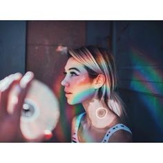 Creative portrait photography tips Creative Portrait Photography, Photography Lessons, Tumblr Photography, Creative Portraits, Photography Projects, Digital Photography, Photography Poses, Cool Photography Ideas, Creative Photoshoot Ideas