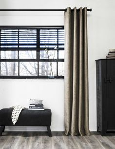 New Blind Wall Architecture Ideas Style At Home, Home Bedroom, Home Living Room, Home Interior, Interior Design, Happy New Home, Accent Wall Bedroom, Curtains With Blinds, Living Room Lighting