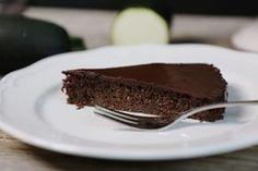 Low Carb Zucchini-Schokoladen-Kuchen
