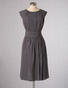 I've spotted this @BodenClothing Selina Dress Pewter