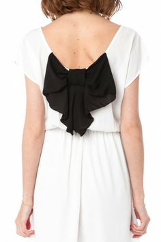 Coletta Bow Dress in White and Black