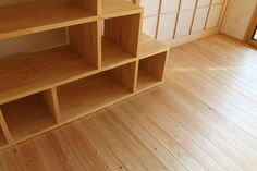 二階のリフォーム 二世帯住宅 リフォーム リビング 階段飾棚 と桧の無垢 床