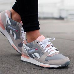 7c68734bc8e Trendy Sneakers 2017  2018   Sneakers women - Reebok GL6000 (©unknown)  Clothing
