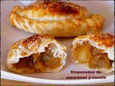 Ingredientes: para 12 empanadas Tapas de empanadas 12 1 kg de manzanas Golden (amarillas) 2 o 3 cucharadas de jugo de limón 200 grs de azúcar rubia 1 cucharadita de canela en polvo 1/2 cucharada de manteca 1 huevo batido para pincelar Azúcar rubia para espolvorear Modo de Preparación: Pelar las manzanas , quitarles el centro y semillas, y cortarlas en cuadraditos , agregar el jugo de limón. En un sartén colocar la manteca y dejar que se derrita a fuego bajo, añadir las manzanas cortadas, el…