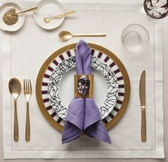 What all of the best tables are wearing now : FDLuxe