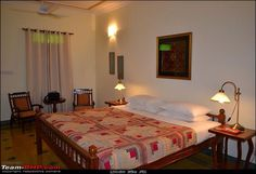 Chettinad type cot Indian Bedroom Design, Indian Room Decor, Indian Home Design, Indian Home Interior, Modern Bedroom Design, Diy Room Decor, Home Decor, Farmhouse Bedroom Decor, Home Bedroom