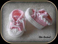 Babyschuhe Turnschuhe Sneakers gehäkelt von Gelis-Strickwelt auf DaWanda.com