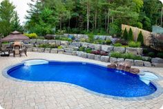 Barrie Swimming Pools - Midhurst Inground Pools - Backyard Pool in Alliston - Empire Pools