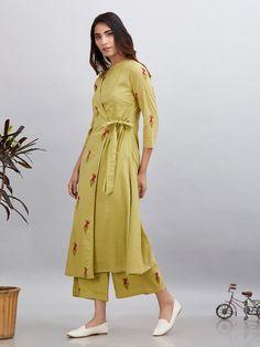Olive Green Magenta Block Printed Cotton Mulmul Wrap Kurta with Palazzo - Set of 2 Kurta Designs Women, Kurti Neck Designs, Blouse Designs, Printed Kurti Designs, Kids Dress Wear, Kurta Patterns, Dress Indian Style, Indian Wear, Indian Designer Suits