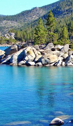 The ultimate guide to exploring  Lake Tahoe on Roadtrippers
