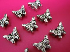 Butterfly beads - auction starts in 30 min - join us-  http://tophatter.com/auctions/14382