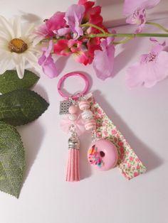 Porte clés gourmand donuts rose fraise en fimo : Porte clés par lili-gourmandise
