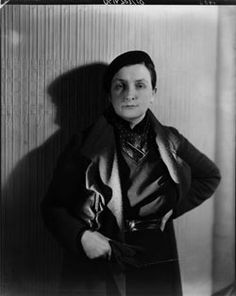 Irish novelist Mary O'Brien whose books touch on lesbian themes, and who is now acknowleged as gay. Courtesy of the National Portrait Gallery - you can see this photo on display on the first floor of the gallery, alongside photos of Radclyffe Hall Lgbt History, History Class, Women In History, Berlin Photography, Fashion Photography, Vintage Lesbian, Life In The Uk, National Portrait Gallery, Roaring Twenties