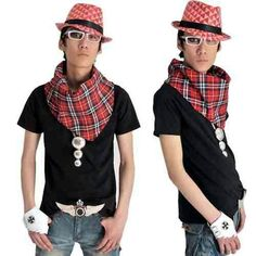 Red plaid turn-down collar.Matching necklaces, hats, gloves, jeans, belts, boots, jewelry, accessories, etc.