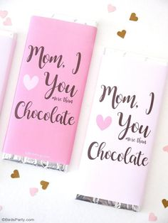 Free Printable Mother's Day Chocolate Bar Wrapper! Great kid-friendly gift, last-minute gift for mom or as part of a gift hamper!