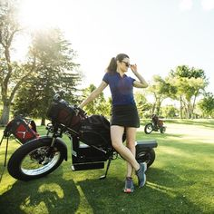 Ladies love Finn! ⛳FINN#finnscooters #finncycle#sunmountainmotorsports#sunmountainsports #readygolf Golf Basics, Golf Push Cart, Ladies Golf Bags, Golf Gifts, Golf Accessories, Golf Fashion, Golf Outfit, What To Wear, Golf Courses
