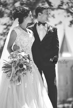 Utah photographer. Temple weddings. Provo temple. Jennifer Law Photography