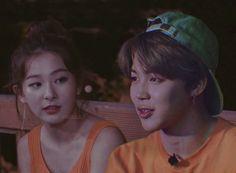 Jimin Seulgi, Bts Girlfriends, Minions, Kpop Couples, Red Velvet Seulgi, Relationship Goals Pictures, Ulzzang Couple, Blackpink And Bts, K Idol