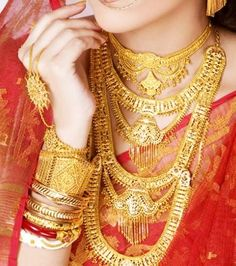 10 Traditional Gold Bengali Jewellery