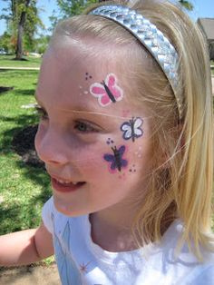 DIY Butterfly Face Paint #DIY #FacePainting #CheekArt #Butterflies #Birthdays #Birthday #Party #Parties