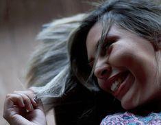 "89 curtidas, 2 comentários - Fernanda Ephigênio (@ferephigenioretratos) no Instagram: ""Portrait feelings 🍃💜 . . . . . #nightlife #goodnight #boanoite #olhardafe #delicate #smile #sorriso…"""