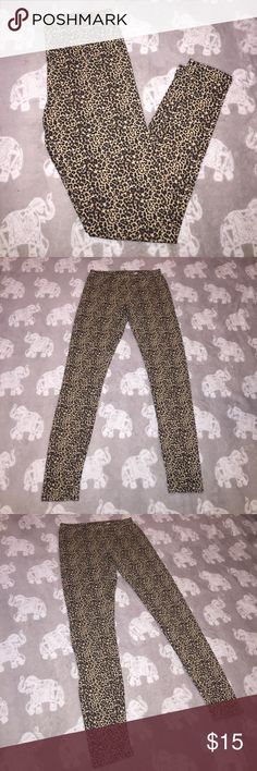 Xhilaration leopard leggings Xhilaration leopard leggings, size medium and never worn! These leggings are 55% cotton, 40% polyester and 5% spandex. Asking $15 OBO! Xhilaration Pants Leggings