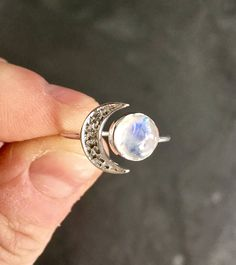 Rainbow Moonstone Ring - sterling silver ring - crescent moon ring silver - moonstone ring - Gemstone ring - moonstone ring sterling silver Listing is for one Genuine sterling silver ring and moonstone Ring size options Size 6 Size 7 Size 8 Size 9 Other Moonstone Products:
