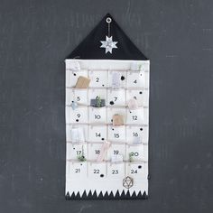 HOUSE CHRISTMAS CALENDAR - der kleine salon