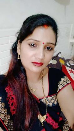 Anamika Singh has just created an awesome short video Beautiful Girl In India, Beautiful Women Over 40, Beautiful Blonde Girl, Beautiful Girl Image, Most Beautiful Indian Actress, Indian Natural Beauty, Indian Beauty Saree, Arabian Beauty Women, Massage Girl