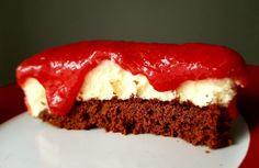 Ciasto z musem z białej czekolady i truskawkami | Moje Wypieki Food, Essen, Meals, Yemek, Eten
