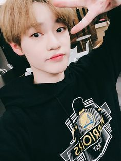 Find images and videos about boy, kpop and korean on We Heart It - the app to get lost in what you love. Winwin, Nct 127, Lucas Nct, Jisung Nct, Taeyong, Nct Dream Chenle, Baby Dolphins, Nct Chenle, Fandoms