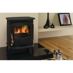Oisin Stove Matt Black , beautiful piece and gives out an amazing amount of heat. You'll not want to move away from this on a cold night. Stanley Stove, Boiler Stoves, Solid Fuel Stove, Small Stove, Cold Night, Open Fires, New Kitchen, Cosy