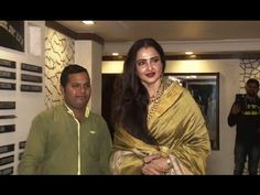 Rekha at Javed Akhtar's birthday party Gossip, Interview, Photoshoot, Birthday, Music, Party, Youtube, Photo Shoot, Fiesta Party