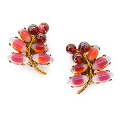 VINTAGE 1950S PINK GLASS FLORAL CLIP EARRINGS | Clarice Jewellery
