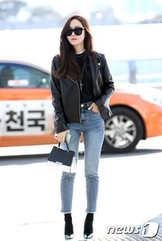 Discover recipes, home ideas, style inspiration and other ideas to try. Jessica Jung Instagram, Jessica Jung Snsd, Jessica Jung Fashion, Jessica & Krystal, Krystal Jung, Jessica Jung Style, Snsd Fashion, Asian Fashion, Girl Fashion