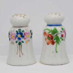 Vintage Mid Century Salt and Pepper Shakers Set Floral Pillar Japan Collectible Floral Designs, Accent Colors, Salt And Pepper, Different Colors, Bands, Mid Century, Japan, Collection, Vintage