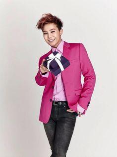 "G-Dragon for J. Estina's ""Sparkling White Day with G-Dragon"" Event"