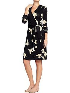 Women's Long-Sleeved Wrap Dresses from Old Navy. Now get 4% cash back when you shop online at Old Navy through studentrate.com.