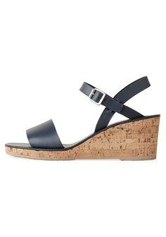 A.P.C. / Wedge Sandal | La Garçonne
