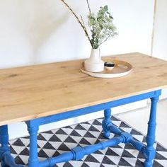 DIY pour fabriquer une table à manger rustique - Table pour salle à manger - 18h39.fr Grande Table A Manger, Dining Room, Dining Table, Diy Table, House Design, Rustic, Furniture, Home Decor, Decoration