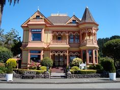 Gingerbread Mansion, Ferndale, CA - been here, want to go back to this beautiful Victorian town.