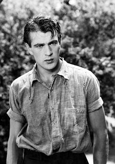 Gary Cooper, 1920s./  --  he was absolutely gorgeous