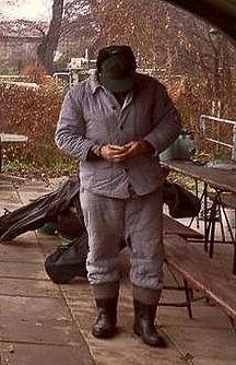 Felt Boots, Farmer, Couple Photos, Men, Welly Boots, Couple Shots, Farmers, Couple Photography, Guys