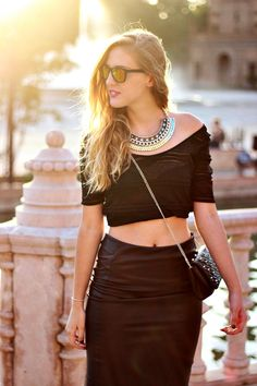 Check out this photo More Photos, Leather Skirt, Black Leather, Style Inspiration, Crop Tops, Outfit, Skirts, People, Check