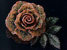 ぶらぶらリーフ付き薔薇ビーズコサージュ  #カザリ咲色 #ビーズ #ビーズフラワー #ビジュー #ハンドメイド #コサージュ #手作り #手芸 #アクセサリー #bead #beads #bijou #beading #beadedflower #beadswork #beadwork #beadsph #bijoux #beaded #biser #corsage #rose #handmade