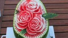 www.vidnikolic.net | Vid Nikolic Carves Watermelon Art, Roses W/ Pedals. Breaking The Rules ...(Beautiful Art Work!)