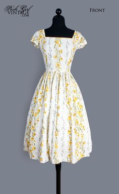 1950's White & Yellow Floral Print Cotton Day Dress - M