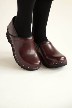 Superior Clogs Online Store  https://superiorclogs.com/