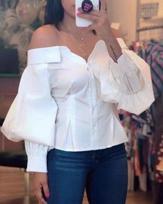 Casual Shirt Lantern Sleeve Off Shoulder Blouse 2019 Women Elegant Fashion White Basic Office Top Brief Ruched blusas Look Fashion, Fashion Tips, Womens Fashion, Fall Fashion, Fashion Trends, Feminine Fashion, Vogue Fashion, Cheap Fashion, White Fashion